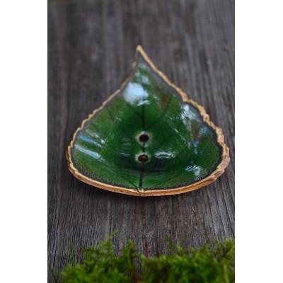 Mydelniczka ceramiczna Zielony Liść z pracowni SHE - ręcznie robione, szkliwiona